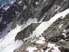 Rappels de la voie normale sous la Pointe Whymper et avant les rochers du Reposoir