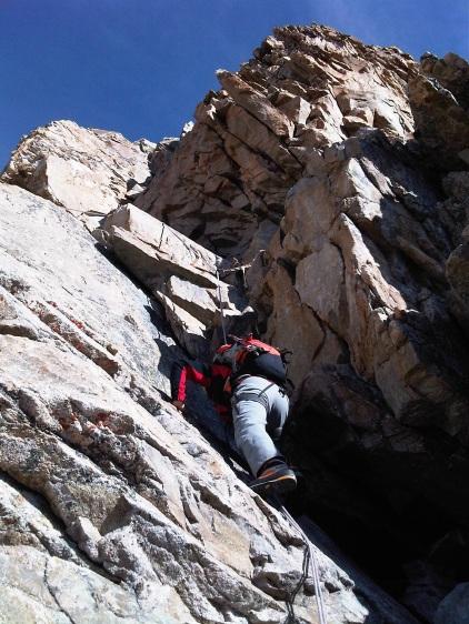 Cheminée des Autrichiens, une des difficultés rocheuse de la voie normale