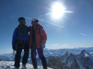 Dominique et son guide, bien contents au sommet de la Verte!